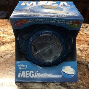 UCO Play and Freeze Ice Cream Maker Ball Blue